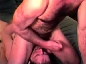 Straight mature bear takes thick jizz