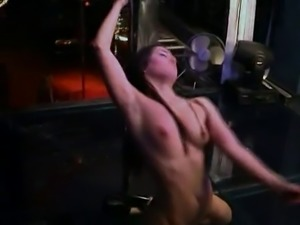 pole dance -bymonique