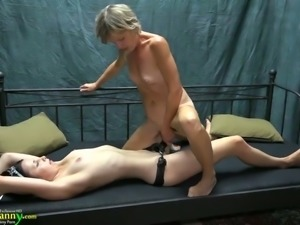 Old lesbian woman Vendi gets fucked with the help of strapon