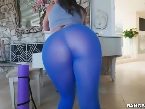 Bubble Butt Abella Danger Gets Anal
