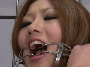 Prisoner babe swallow every drom of cum after BJ