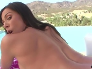 Amazing Huge Ass Kendra Lust Gets Pounded