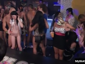Seductive dames pleasure cocks during an orgy in the club