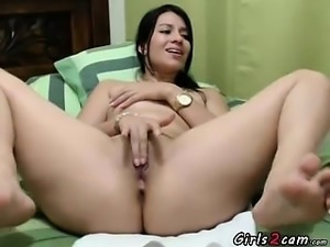 Hot arab masturbates on the bed