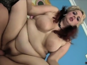 Chunky babe in stockings works her aching pussy on every inch of cock