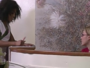Misty Stone enjoys fingerfuck in the examination room