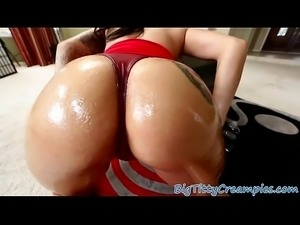 Busty babe tittyfucked on her knees