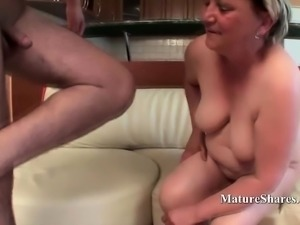 Slutty granny Erna gets her pussy pounded