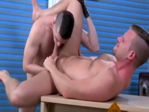 Emo double anal fisting gay xxx Brian Bonds and Axel Abysse budge to t