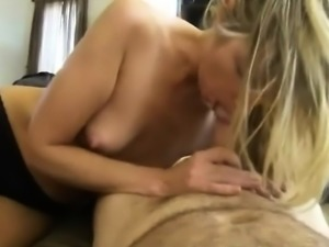 My Girlfriend Handjob big Cock Couple Hidden cam