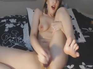 Busty babe and her wet pussy - Add her snapcht: RubySuce