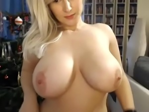 Amature Blow Job - Register at http://beam.to/PremiumContent to see the rest