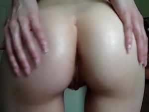 Coconut Booty Oil
